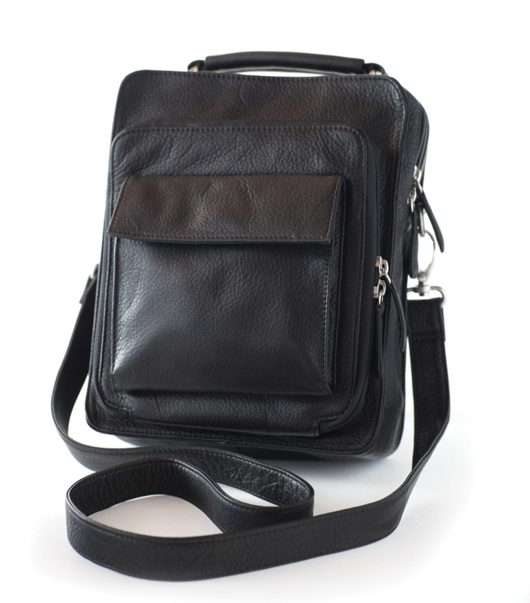 Osgoode Marley #4005 Medium Travel Pack